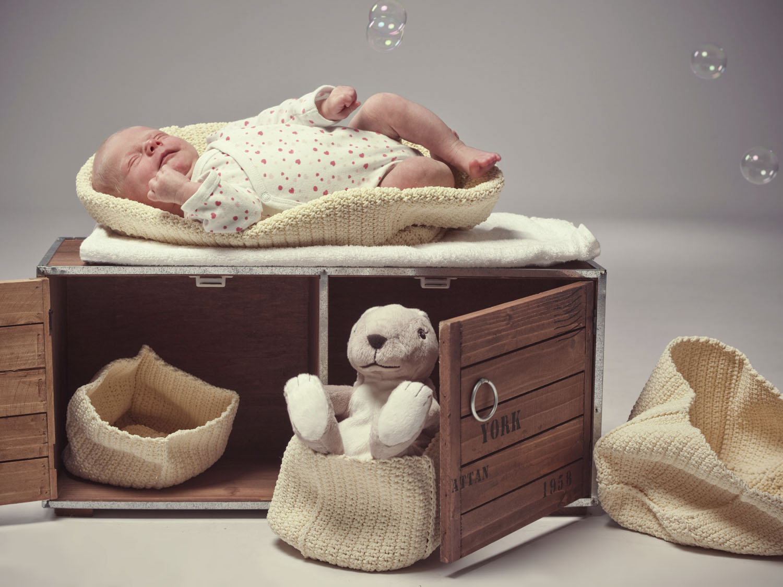 neugeborenen Shooting in Wels machen lassen. Der Fotograf für Babyfotos in Oberösterreich